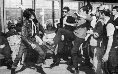 Pelea entre mods y rockers en el verano de 1964