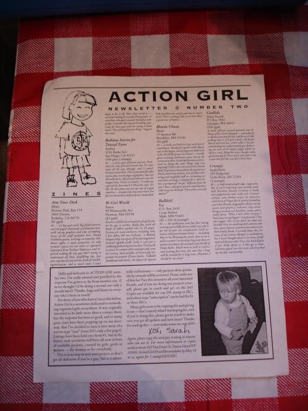 Con tantas revistas por recorrer, las mujeres jóvenes pueden suscribirse al boletín de Action Girl, que incluye una relación de los fanzines feministas que se editaban