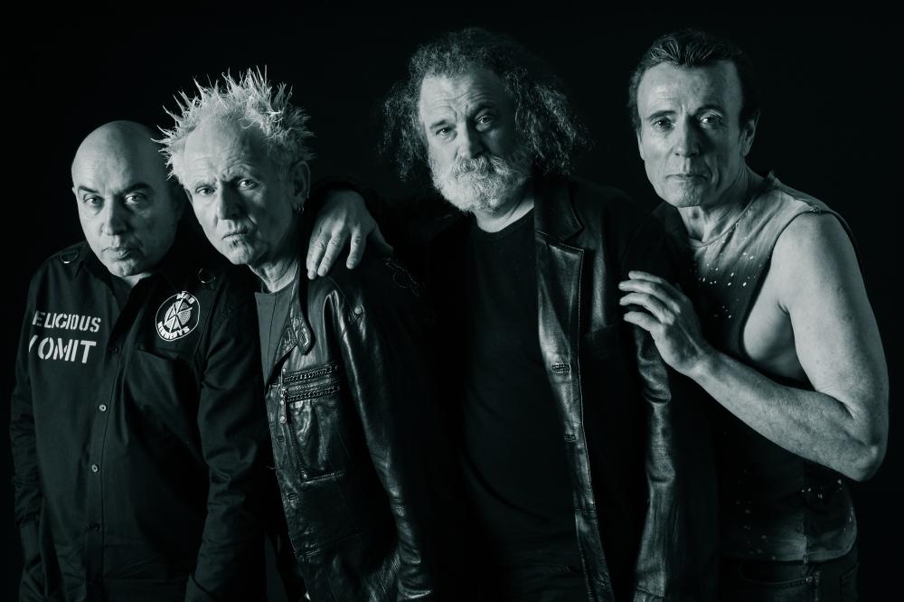 The Outcasts: Grupo punk procedente de Belfast (1976-Actualidad)