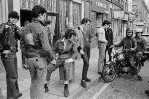 Grupo de teddy boys en 1976 en Londres