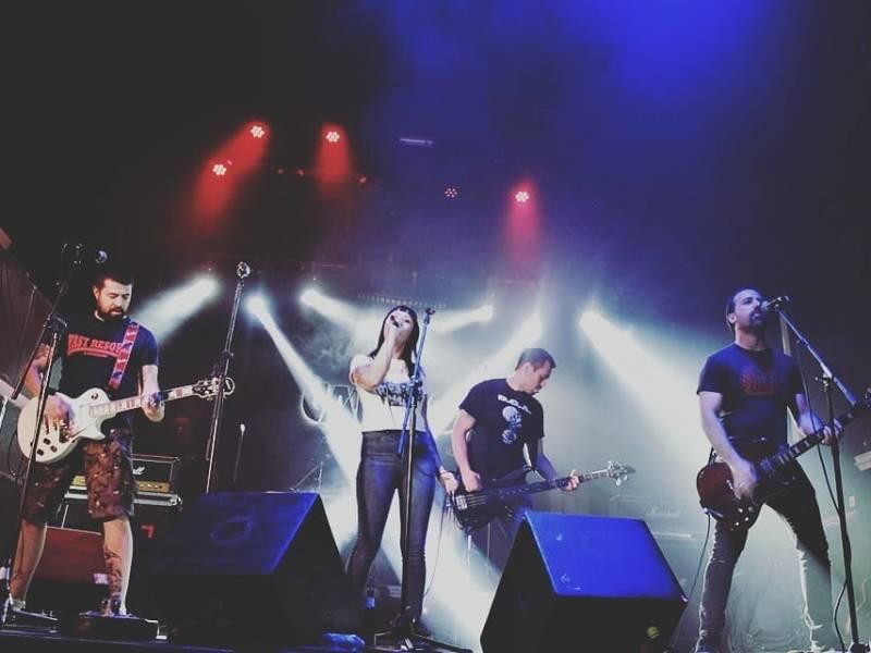 Jess y Los Extenders: Punk & Rock'n'Roll desde Madrid