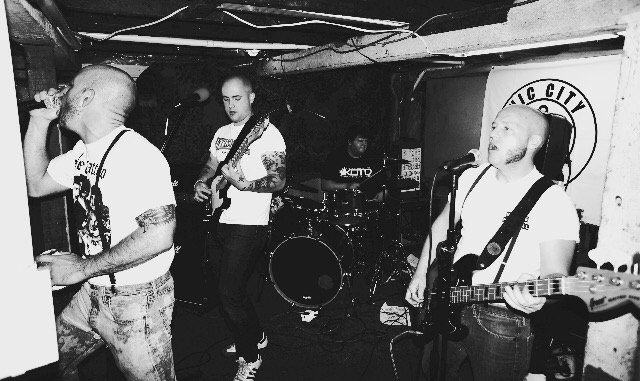 Off The Clock: Oi! band from Victoria, Bristish Columbia, Canadá