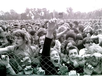 John-Sturrock-Alexandra-Park-fans-close-up