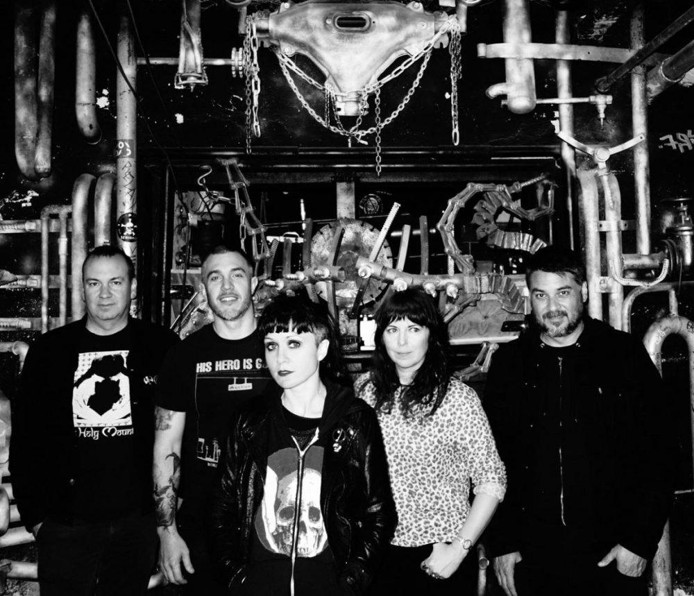 ESSES: Band de post-punk y dark punk procedente de Oakland