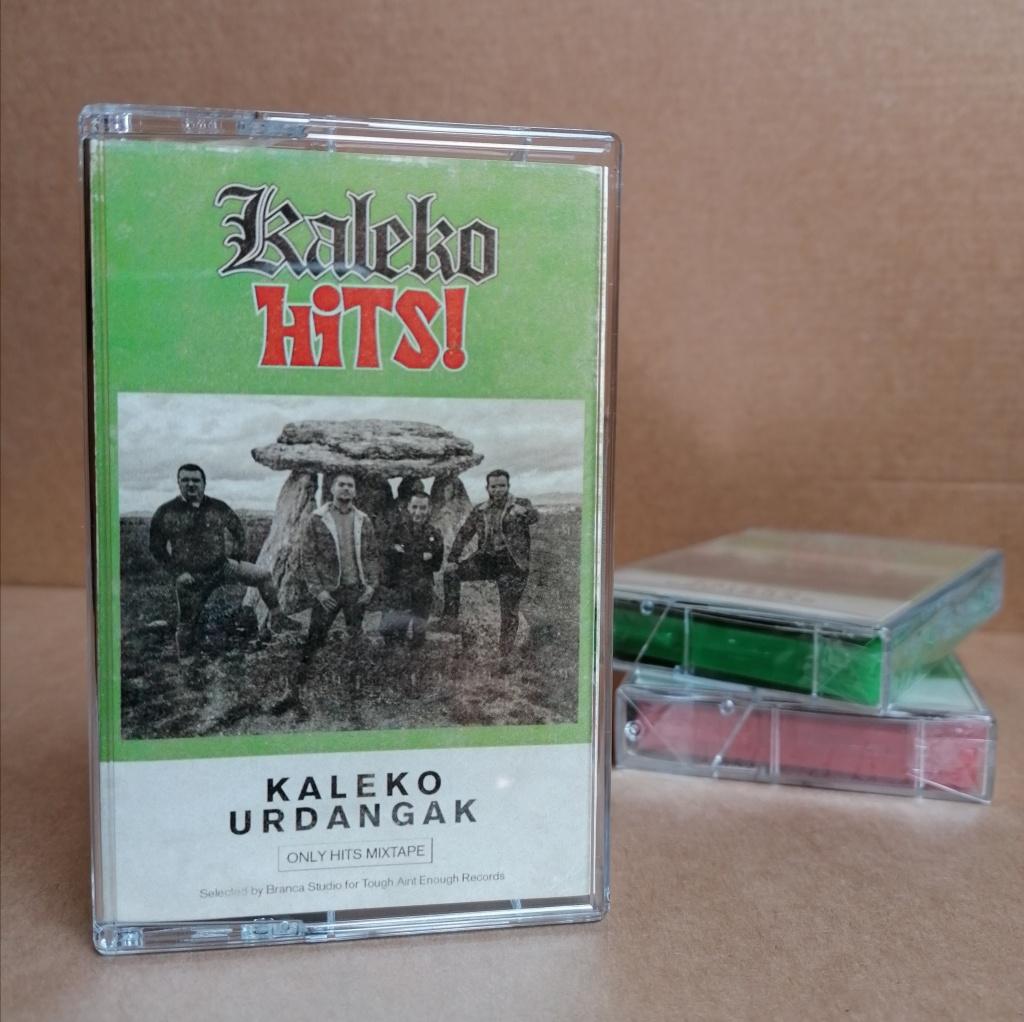 Una selección de 16 canciones de Kaleko Urdangak en formato cassette